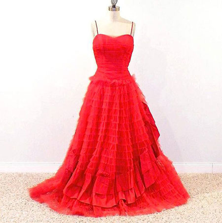 Amazing-Valentines-Day-Dresses-Outfit-Ideas-For-Girls-Women-2014-10