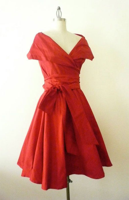 Amazing-Valentines-Day-Dresses-Outfit-Ideas-For-Girls-Women-2014-9