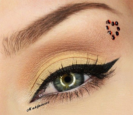 Amazing-Valentines-Day-Eye-Make-Up-Looks-Ideas-2014-For-Girls-15