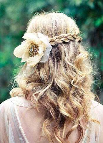 Best-Valentines-Day-Hairstyles-2014-For-Girls-Women-9