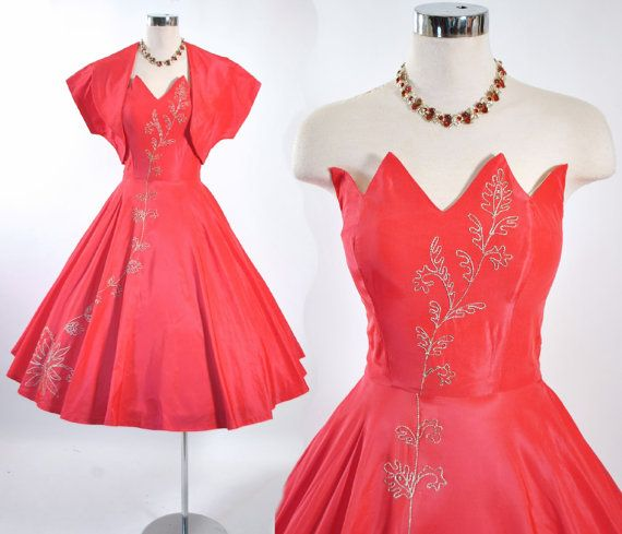 Best-Valentines-Day-Red-Dresses-For-Girls-Women-2014-10