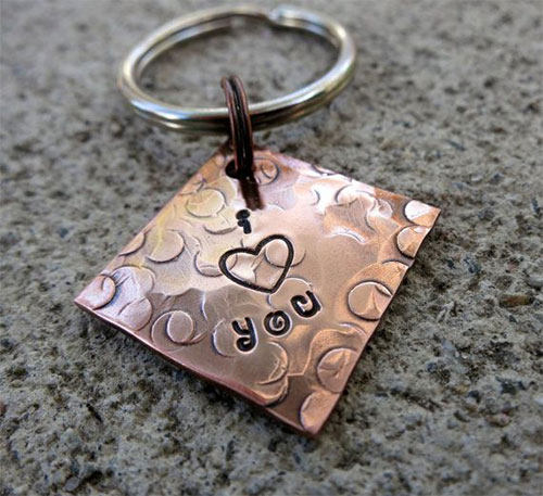 Cute-Valentines-Day-Present-Ideas-For-Boyfriends-Or-Husbands-Gifts-For-Him-1