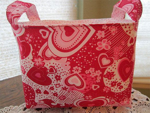 Elegant-Romantic-Valentines-Day-Gift-Bags-Basket-Ideas-2014-2