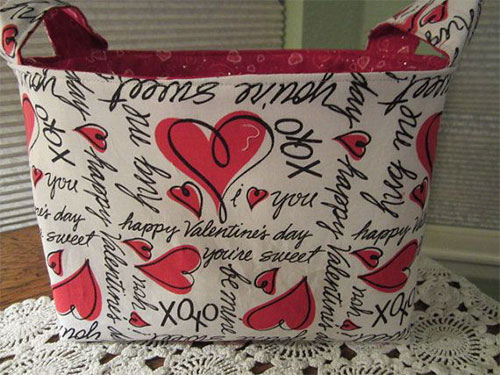 Elegant-Romantic-Valentines-Day-Gift-Bags-Basket-Ideas-2014-3