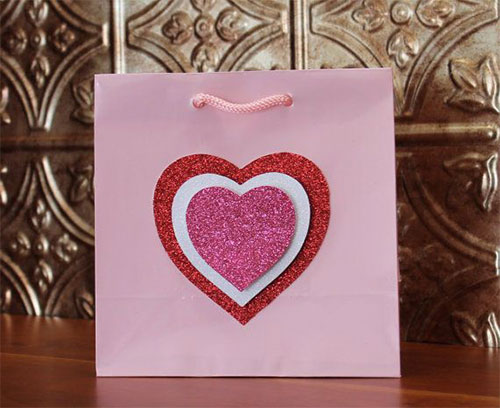 Elegant-Romantic-Valentines-Day-Gift-Bags-Basket-Ideas-2014-4