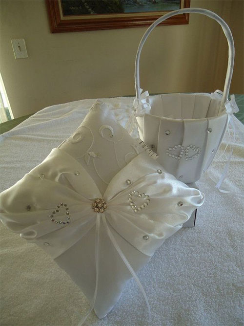 Elegant-Romantic-Valentines-Day-Gift-Bags-Basket-Ideas-2014-7