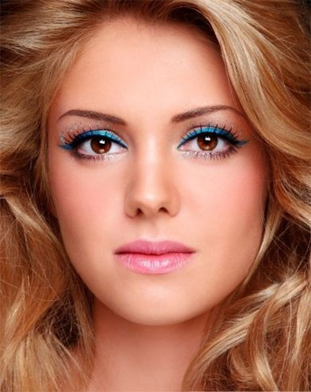 Inspiring-Valentines-Day-Face-Make-Up-2014-For-Girls-1