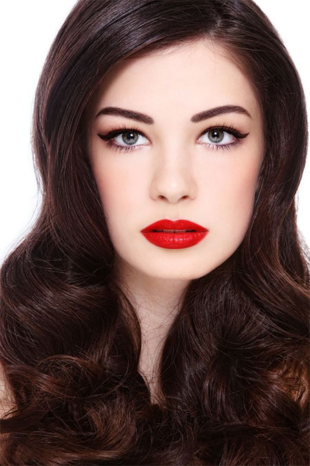 Inspiring-Valentines-Day-Face-Make-Up-2014-For-Girls-9