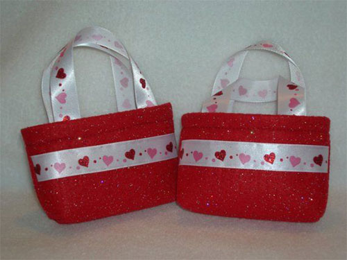 New-Romantic-Valentines-Day-Gift-Basket-Ideas-2014-10