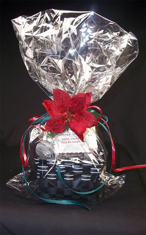New-Romantic-Valentines-Day-Gift-Basket-Ideas-2014-3