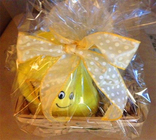 New-Romantic-Valentines-Day-Gift-Basket-Ideas-2014-5