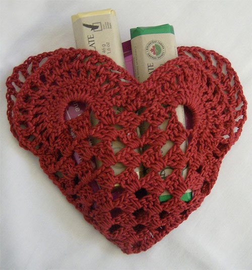 New-Romantic-Valentines-Day-Gift-Basket-Ideas-2014-8