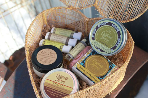 New-Romantic-Valentines-Day-Gift-Basket-Ideas-2014-9