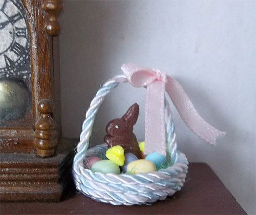 15-Easter-Egg-Basket-Gift-Ideas-For-Kids-Adults-2014-6