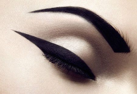 15-Perfect-Eye-liner-Styles-Trends-Ideas-For-Girls-2014-10