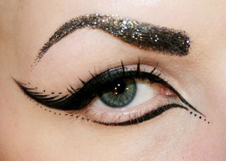 15-Perfect-Eye-liner-Styles-Trends-Ideas-For-Girls-2014-4