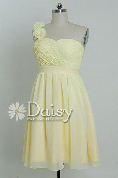 New-Birthday-Dresses-Outfits-For-Girls-Women-2014-10
