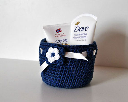 10-Perfect-Mothers-Day-Present-Basket-Ideas-2014-10
