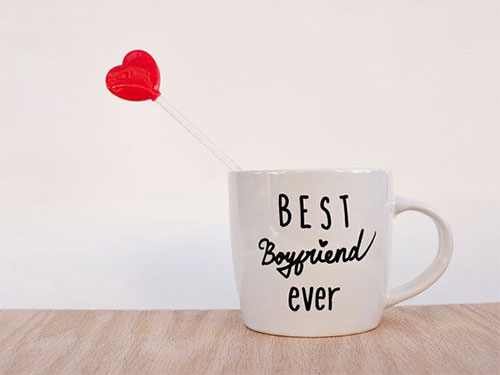 12 Creative Yet Romantic Birthday Gift Ideas For