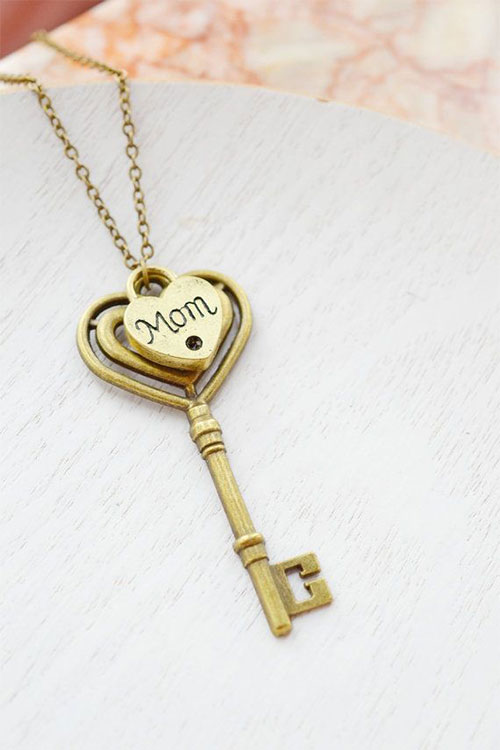 Perfect-Happy-Birthday-Gift-Ideas-For-Mothers-From-Daughters-2014-7
