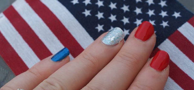 10-American-Flag-Nail-Art-Designs-Ideas-Trends-2014 -Fourth-Of-July-Nails
