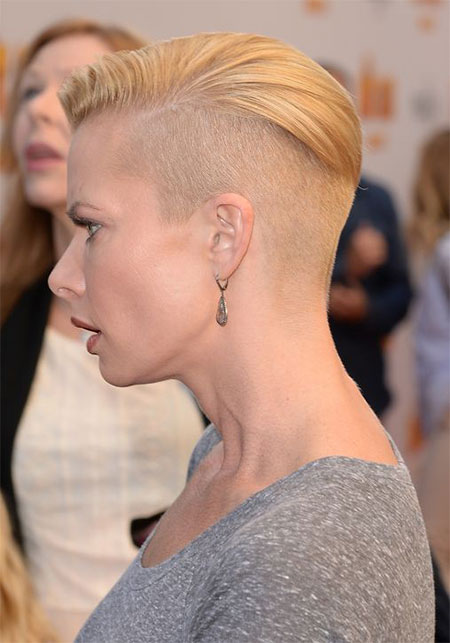 Female-Celebrities-With-Shaved-Hairstyles-Haircuts-Trends-Looks-2014-11