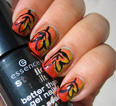 30-Autumn-Tree-Leaf-Nail-Art-Designs-Ideas-Trends-Stickers-2014-Fall-Nails-7
