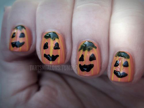20-Inspiring-Scary-Halloween-Pumpkin-Nail-Art-Designs-Ideas-Stickers-2014-16