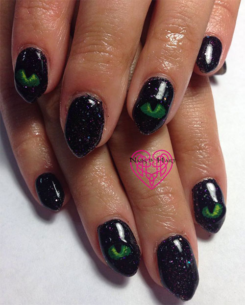 25-Best-Yet-Scary-Halloween-Nail-Art-Designs-Ideas-Trends-Stickers-2014-4