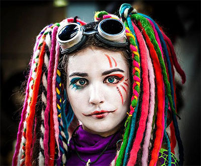 30-Crazy-Scary-Halloween-Hairstyle-Ideas-For-Girls-Women-2014-12