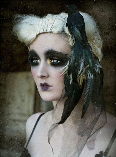 30-Crazy-Scary-Halloween-Hairstyle-Ideas-For-Girls-Women-2014-25