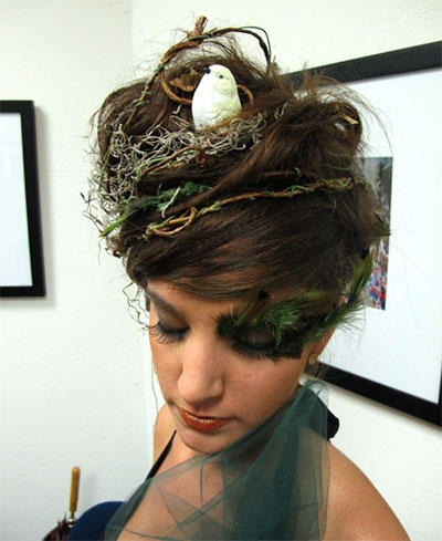 30-Crazy-Scary-Halloween-Hairstyle-Ideas-For-Girls-Women-2014-27