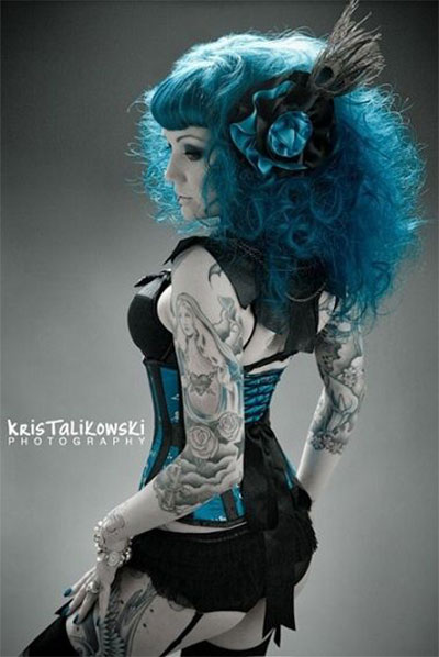 30-Crazy-Scary-Halloween-Hairstyle-Ideas-For-Girls-Women-2014-28