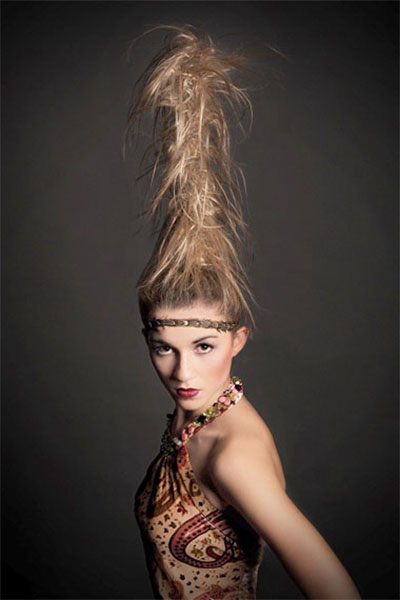 30-Crazy-Scary-Halloween-Hairstyle-Ideas-For-Girls-Women-2014-29