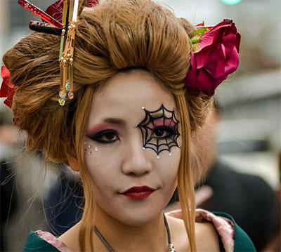 30-Crazy-Scary-Halloween-Hairstyle-Ideas-For-Girls-Women-2014-7
