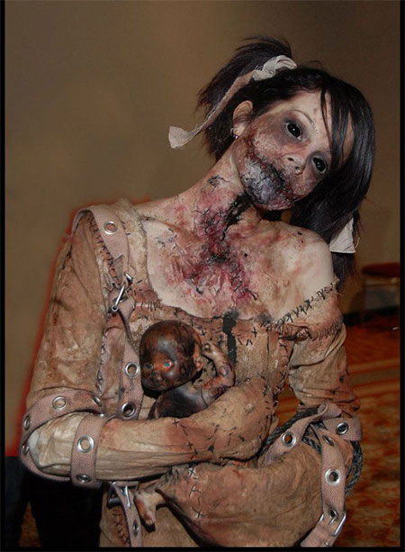 30-Scary-Halloween-Make-Up-Looks-Trends-Ideas-For-Kids-Girls-2014-9