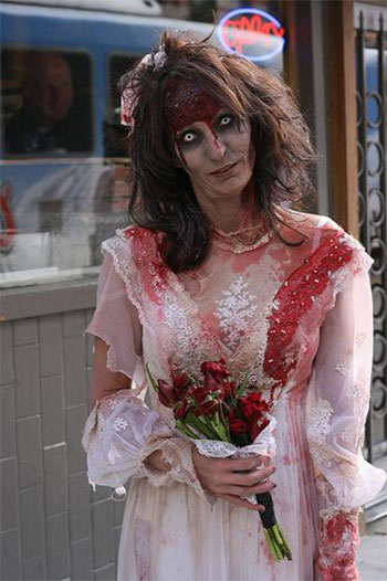 15-Best-Yet-Scary-Halloween-Bride-Make-Up-Ideas-Looks-Trends-2014-3