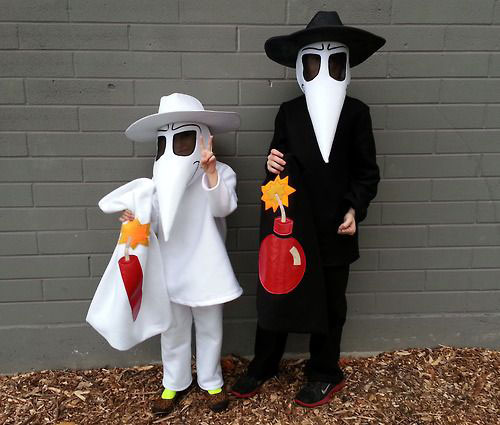15-Inspiring-Halloween-Costumes-Outfit-Ideas-For-Couples-2014-14