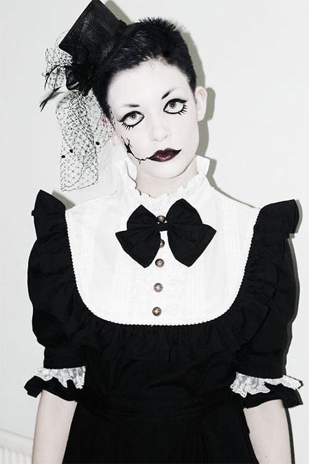 15-Scary-Doll-Halloween-Make-Up-Looks-Ideas-Trends-2014-For-Girls-6