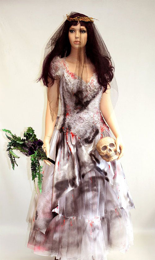 15-Scary-Halloween-Costume-Ideas-For-Girls-Women-2014-3