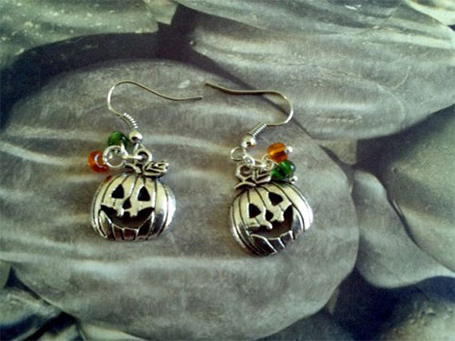 15-Spooky-Scary-Halloween-Gift-Ideas-For-Kids-Adults-2014-1