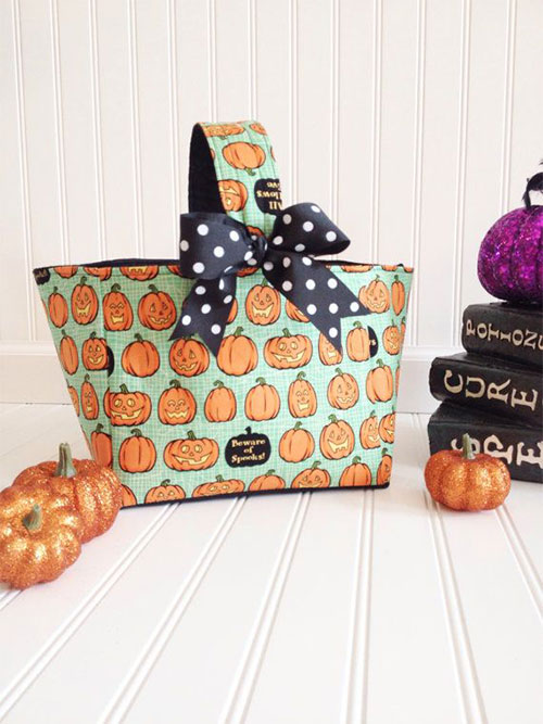 20-Amazing-Halloween-Gift-Basket-Ideas-2014-11
