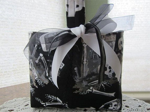 20-Amazing-Halloween-Gift-Basket-Ideas-2014-7