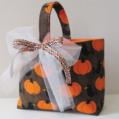 20-Amazing-Halloween-Gift-Basket-Ideas-2014-8