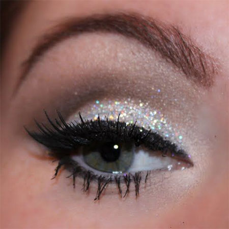 12-Christmas-Eye-Make-Up-Looks-Ideas-Trends-Designs-For-Girls-2014-9