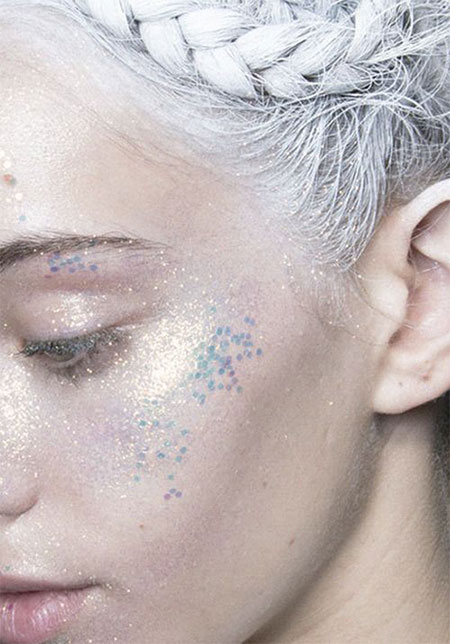 12-Christmas-Face-Make-Up-Looks-Ideas-Trends-Designs-For-Girls-2014-12