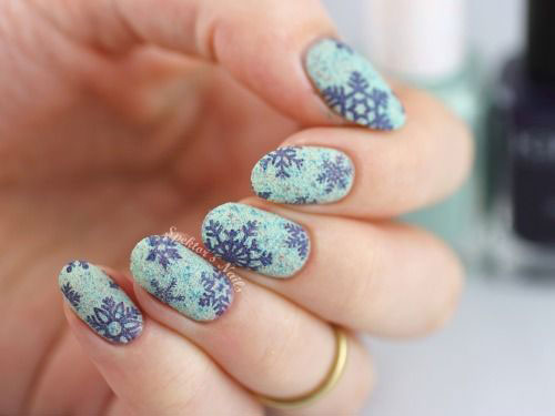 30-Best-Christmas-Nail-Art-Designs-Ideas-Trends-Stickers-2014-Xmas-Nails-26