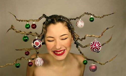 Cute-Christmas-Hairstyles-For-Girls-Women-2014-11