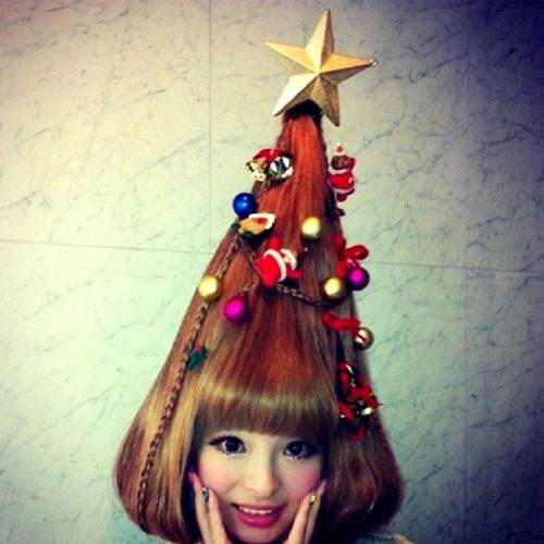 Cute-Christmas-Hairstyles-For-Girls-Women-2014-3