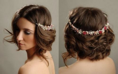 Cute-Christmas-Hairstyles-For-Girls-Women-2014-9